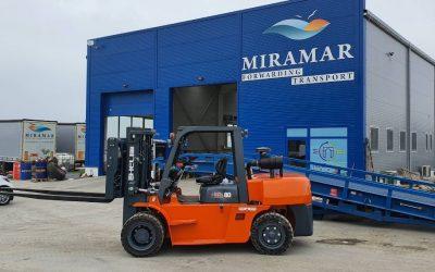 8-тонен мотокар HELI за фирма Мирамар