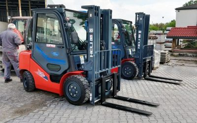 Хели България достави два газокара с товароподемност 3 тона